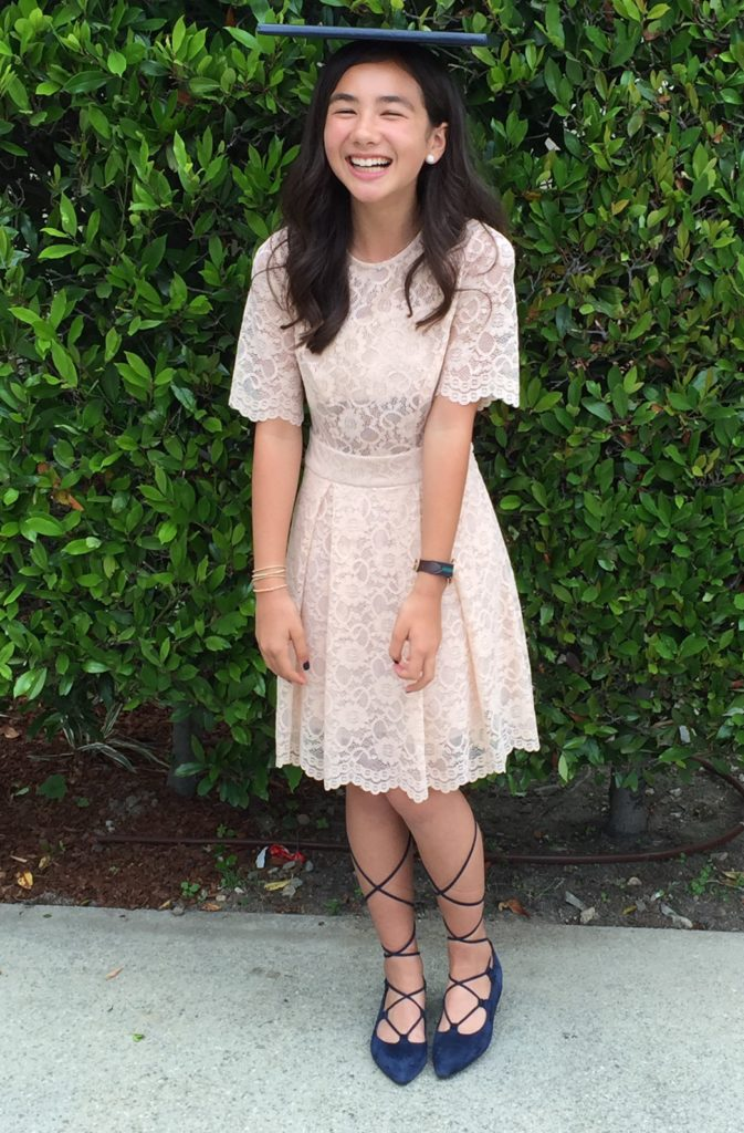 Lace-Up-ballet flats with lace dress