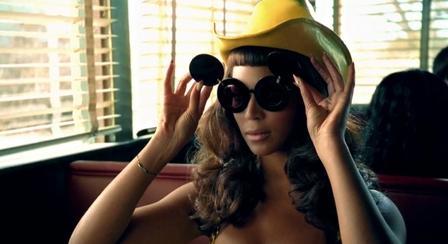 Beyonce Linda Farrow Sunglasses Olsens and Kim Kardashian love Linda Farrow Sunglasses