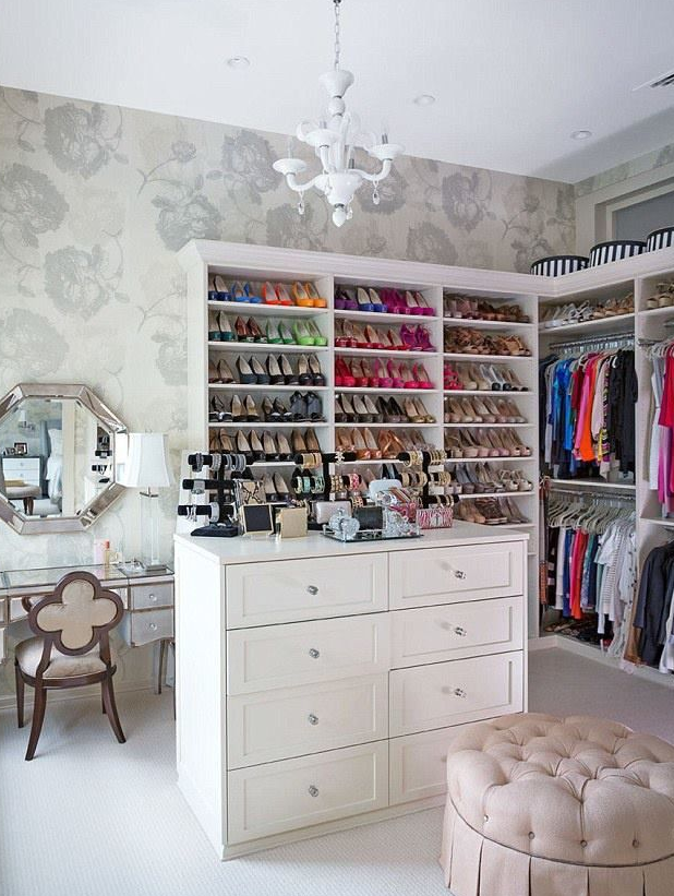 Bethenny Frankel Closet Clutter Storage To Help Clean Up For the Holidays